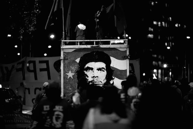 Luz_Ayotzinapa_Santiago_Arau17