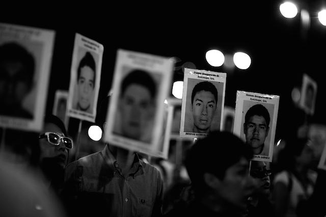 Luz_Ayotzinapa_Santiago_Arau31