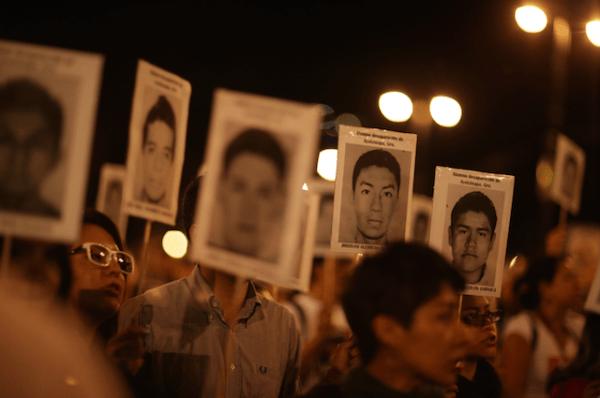 Luz_Ayotzinapa_Santiago_Arau43