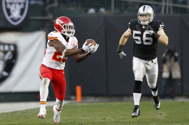 jamaal-charles-vs-oakland-raiders