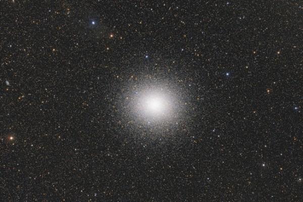 The Magnificent Omega Centauri, de Ignacio Diaz Bobillo. Categoría: estrellas y nebulosas.