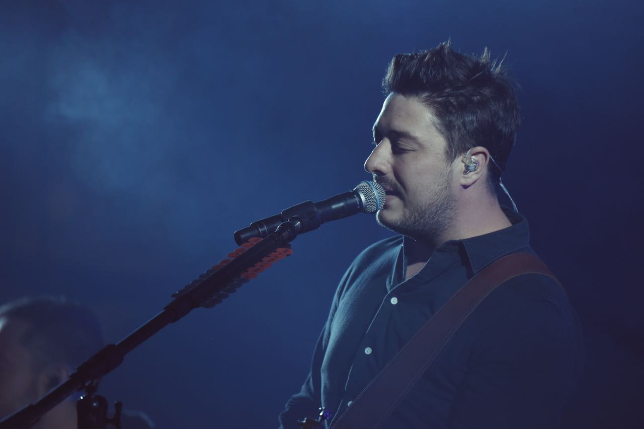 mumford-sons-las-vegas-life-is-beautiful-2