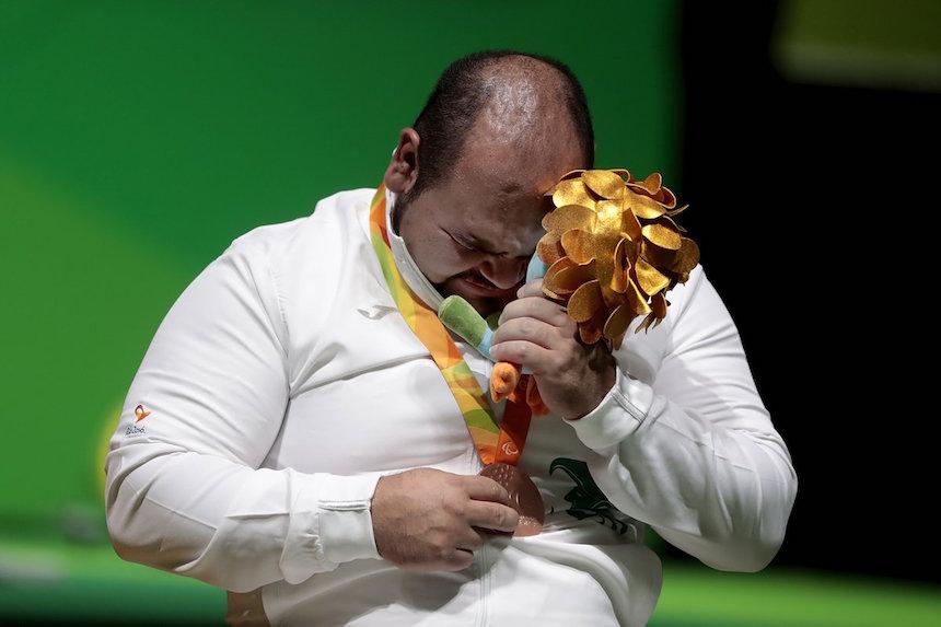 José Castillo con su medalla en Río 2016