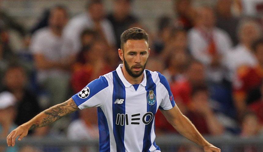 Miguel Layún fue pieza clave para la clasificación del Porto a la fase de grupos
