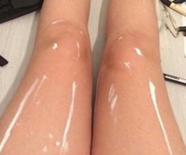 Las piernas brillosas que vuelven loco a internet