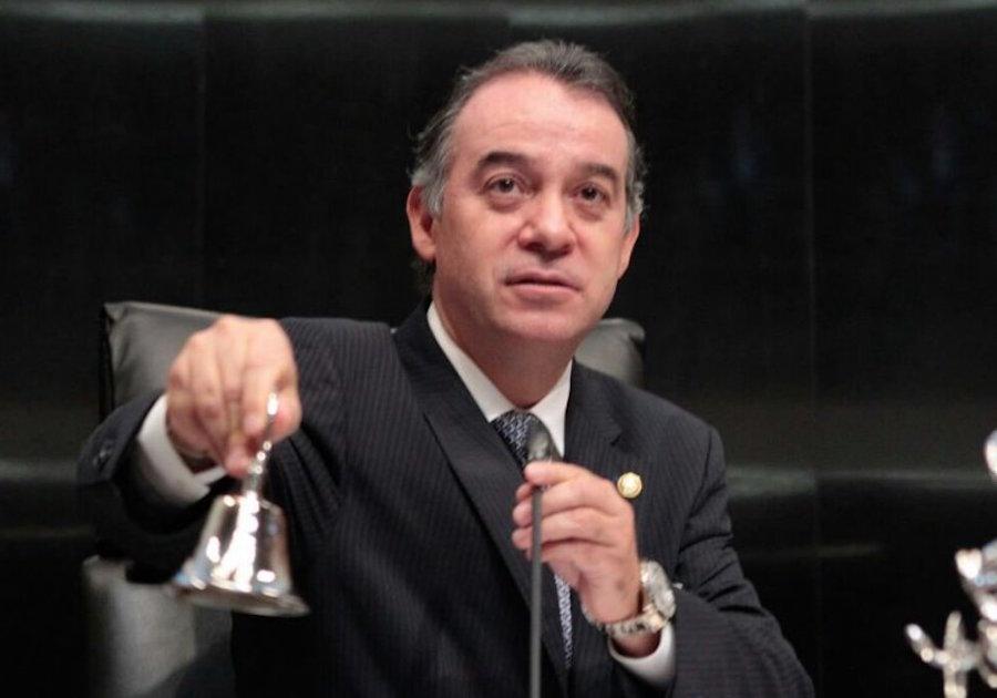 ¿Quén es Raúl Cervantes Andrade, nuevo titular de la PGR?