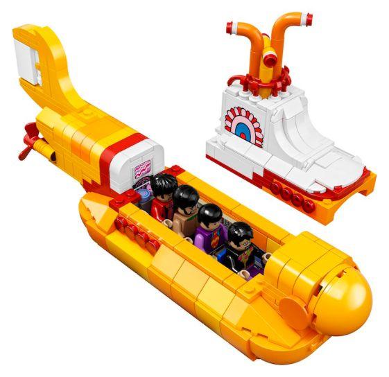 the-beatles-lego-1