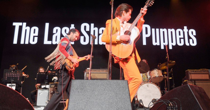 The Last Shadow Puppets estrenan videos.
