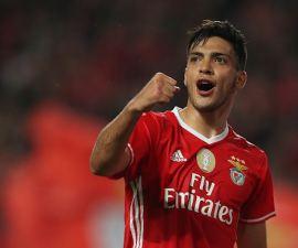 Raul Jiménez victoria