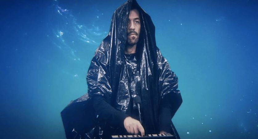 """Café Tacvba estrena el video para """"Futuro""""."""