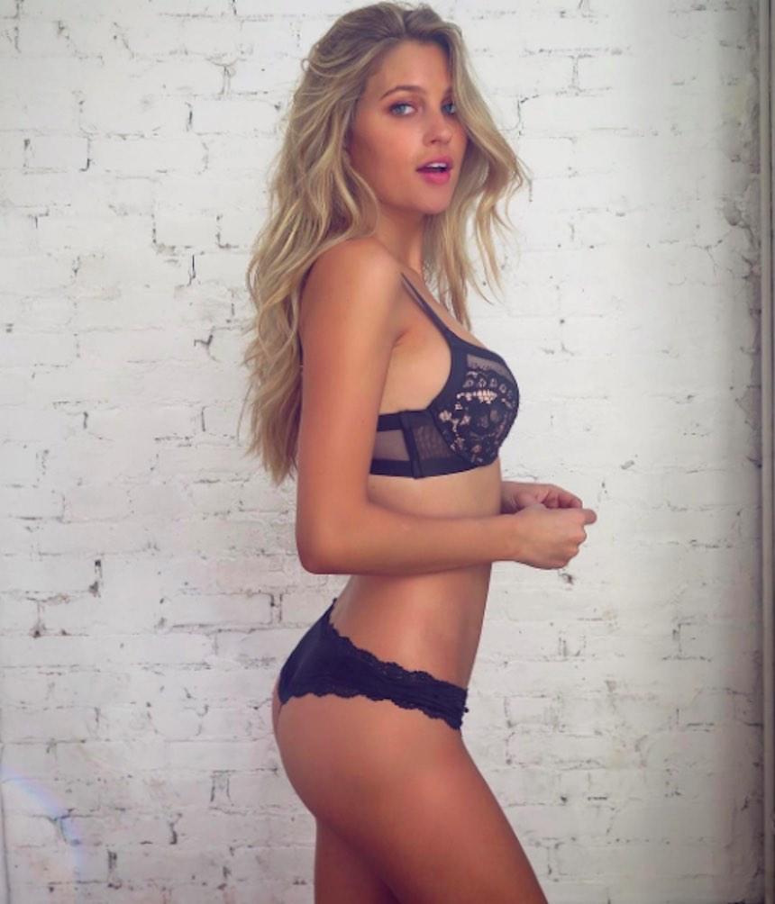 Paige Watkins - Lencería
