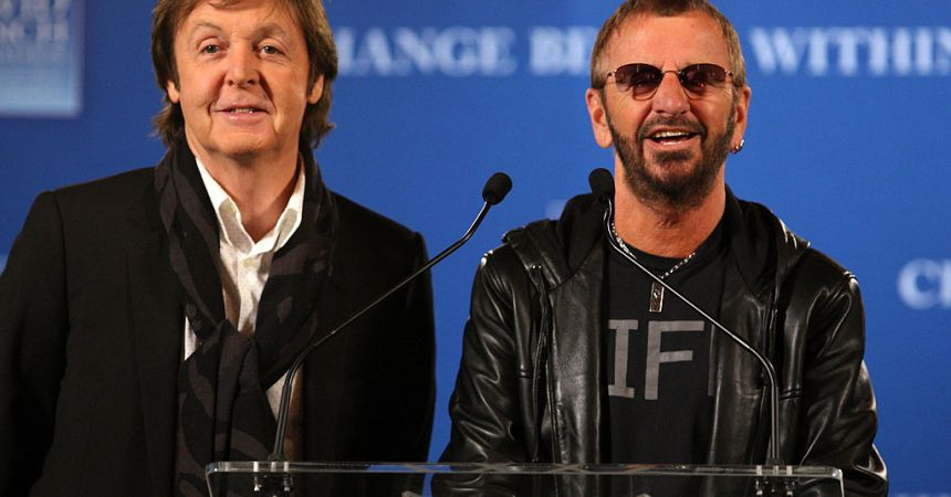 Ringo Starr y Paul McCartney se reúnen en el estudio.