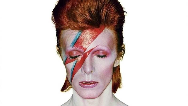 Cancelan monumento a David Bowie