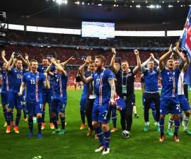 juagdores-de-islandia-celebran