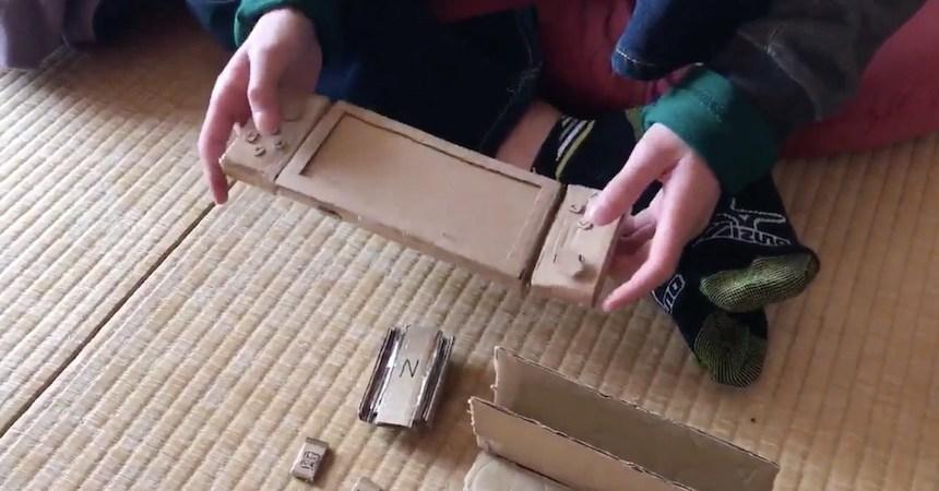 Nintendo Switch de cartón