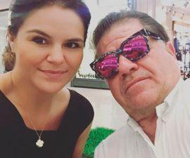 El alcalde de Macuspana, José Eduardo Rovirosa y su hija