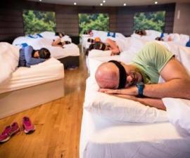 Napercise - Durmiendo en el gimnasio