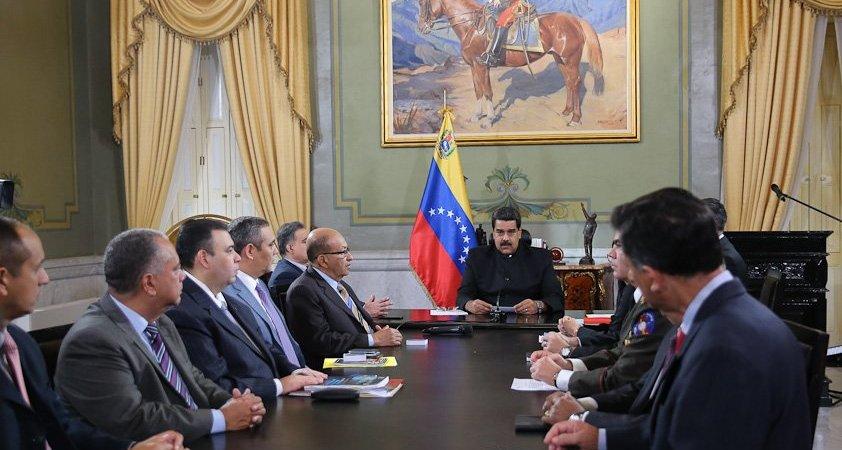 Consejo de Defensa de la Nación de Venezuela en sesión.