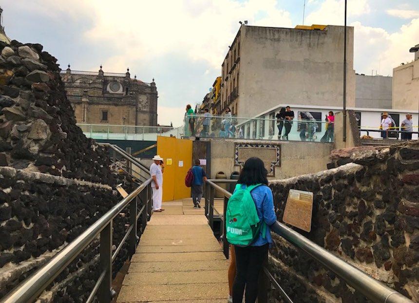 Vagando - Coyolxauhqui ruinas