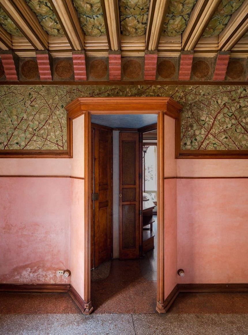 Casa de Antonio Gaudí - Pasillo