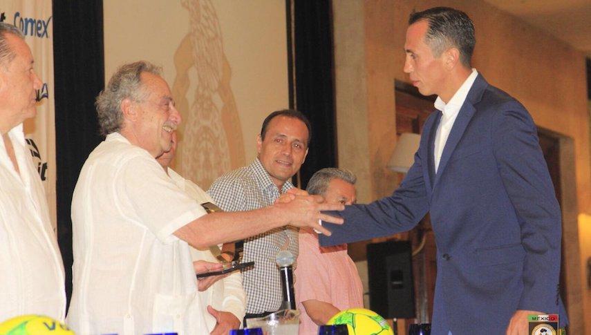 Luis Enrique Santander elegido