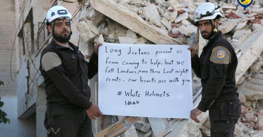 solidaridad de los cascos blancos sirios ante el incendio de Londres