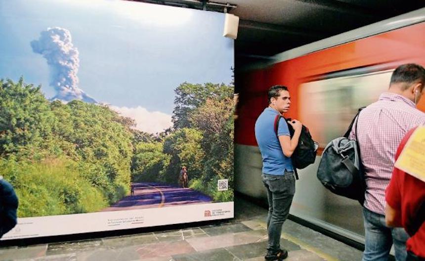 Buscan salvar vidas en el metro mostrando paisajes de Colima