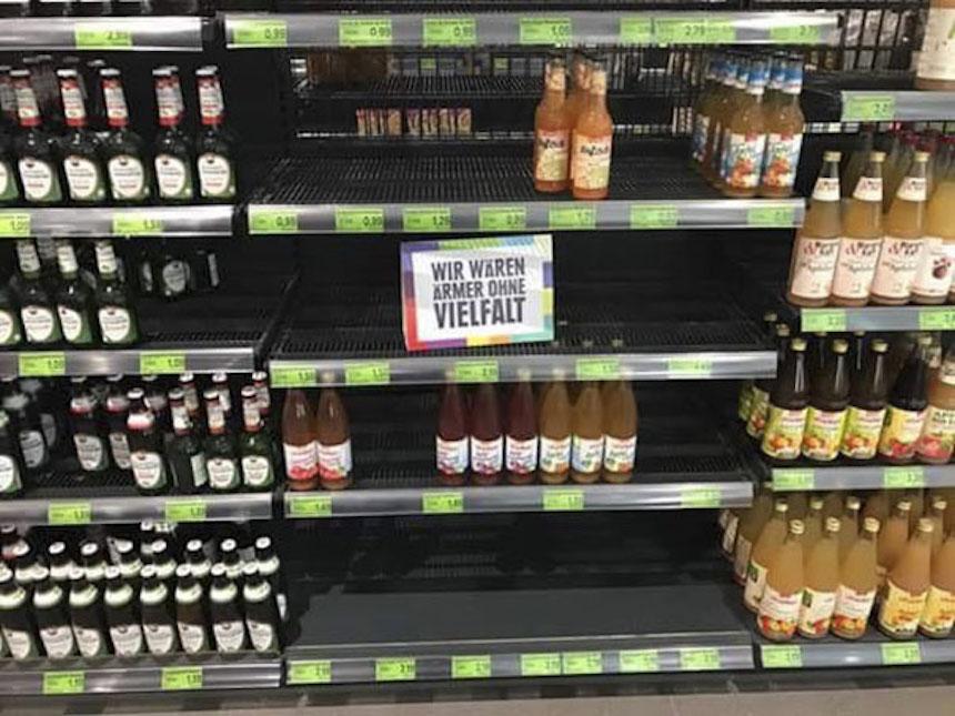 Alemania - Crítica al racismo en un supermercado