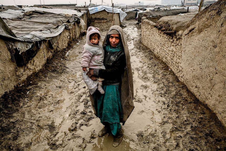 Madre e hija en Afganistán