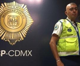 Alfredo Gutiérrez,, paramédico que evitó suicidio en hospital La Raza