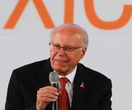 José Narro Robles, secretario de Salud
