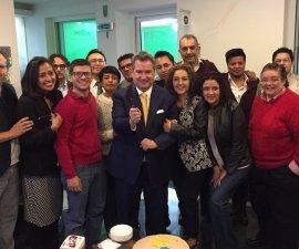 El periodista Leonardo Curzio se despide de su equipo en Enfoque Noticias