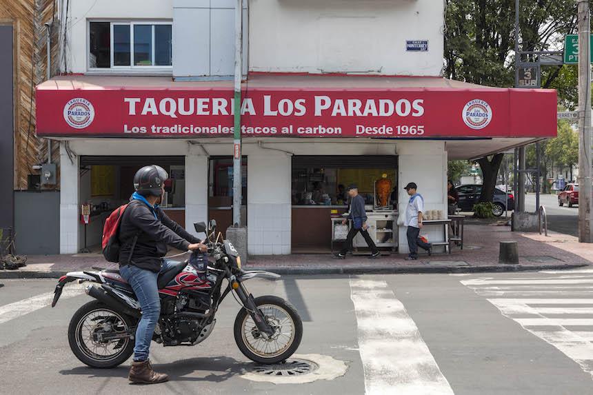 Tacos en la Ciudad de México - Taquería los Parados