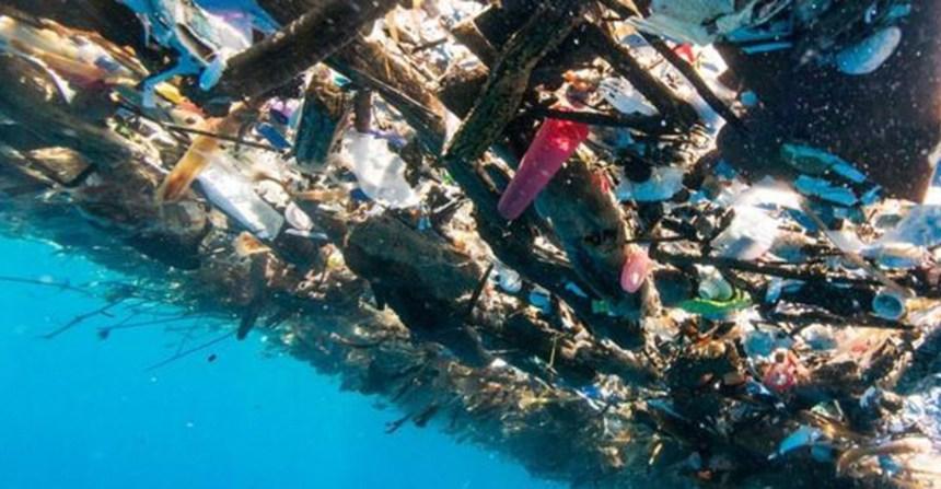 Échate un chapuzón en el mar de basura en Honduras