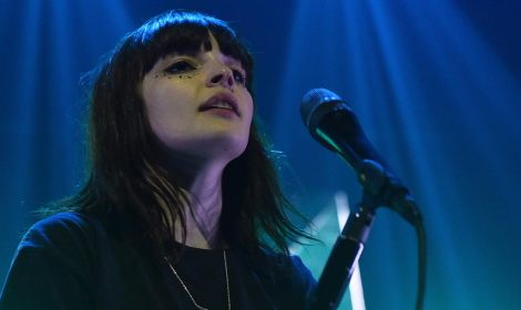"CHVRCHES está de regreso con ""Get Out"""