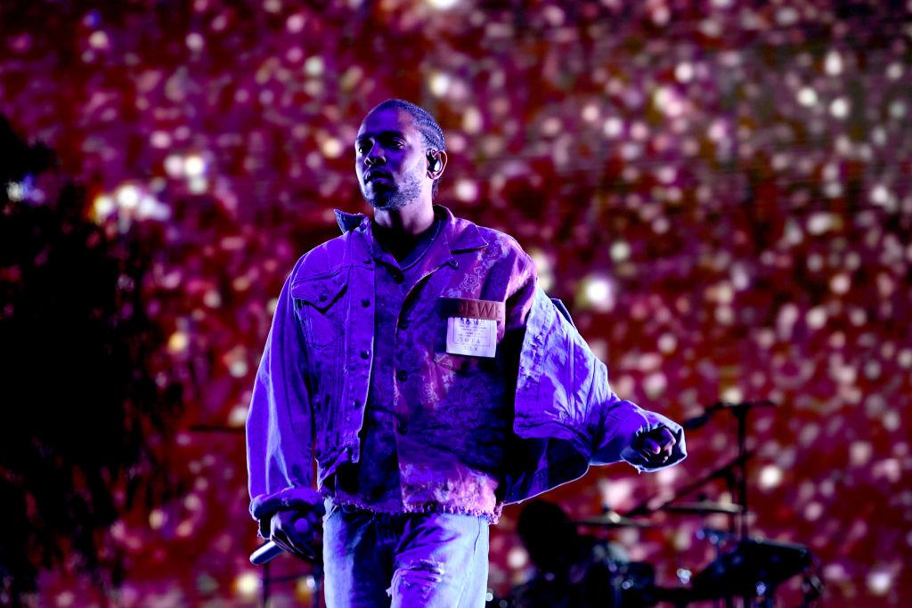 "Kendrick Lamara interrumpe a fan por decir ""nigga"""
