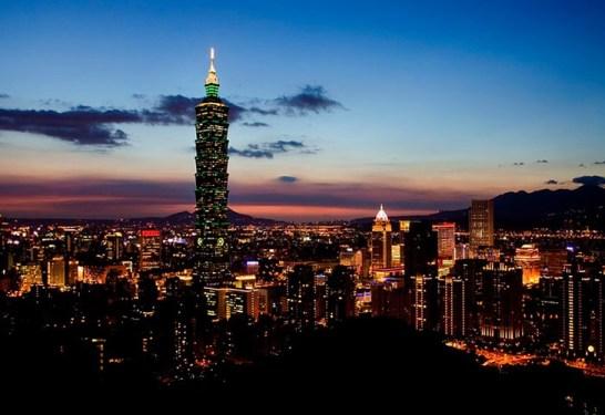 Taiwán de noche