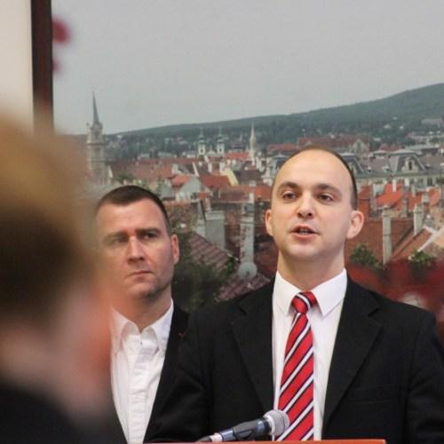 Póczik Roland (MSZP): Veszélyben az önkormányzatiság!