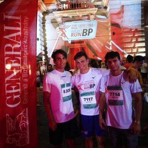 Különdíjat nyertek az éjszakai futóversenyen a soproni gyermekotthon lakói