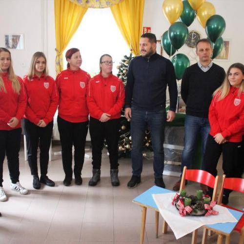 Újabb adománnyal kedveskedett az SC. Sopron: Múlt nélkül nincs jövő!