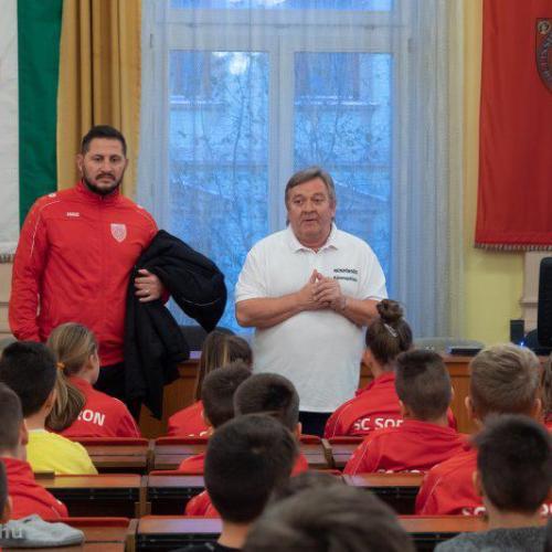 SC. SOPRON: A labdarúgás mellett a közösségépítésre és a prevencióra is figyelmet fordítanak!