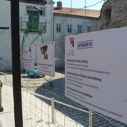 Megnyílt a Páneurópai Piknik '89 emlékkiállítás a Rondellánál (fotók)