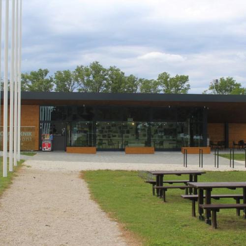 """Az egykori """"Berlini fal"""" egy darabja is megtekinthető lesz a Piknik Emlékparkban! Mutatjuk!"""