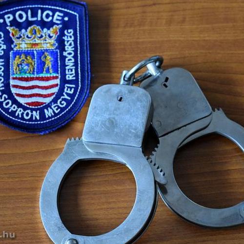 Ismét drogokat tulajdonló férfiakat kaptak el a soproni rendőrök