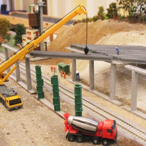 Vasútmodell Kiállítás Sopron:  Terepasztalon is épül az M85-ös