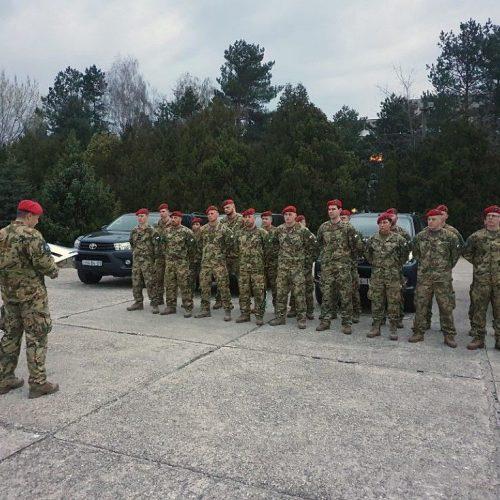 Katonai megerősítés az osztrák és a szlovák határszakaszokon