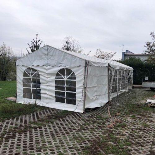 Hősugárzóval ellátott sátrat kaptak a soproni mintavételponton dolgozók