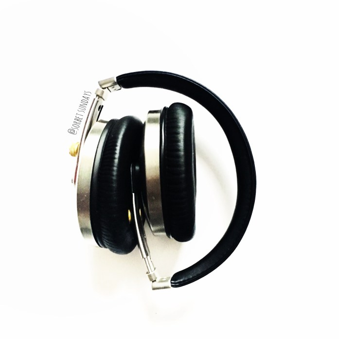 I gifted myself Ted Baker Rockall over ear headphones for my birthday. To: me, From: me 🎧