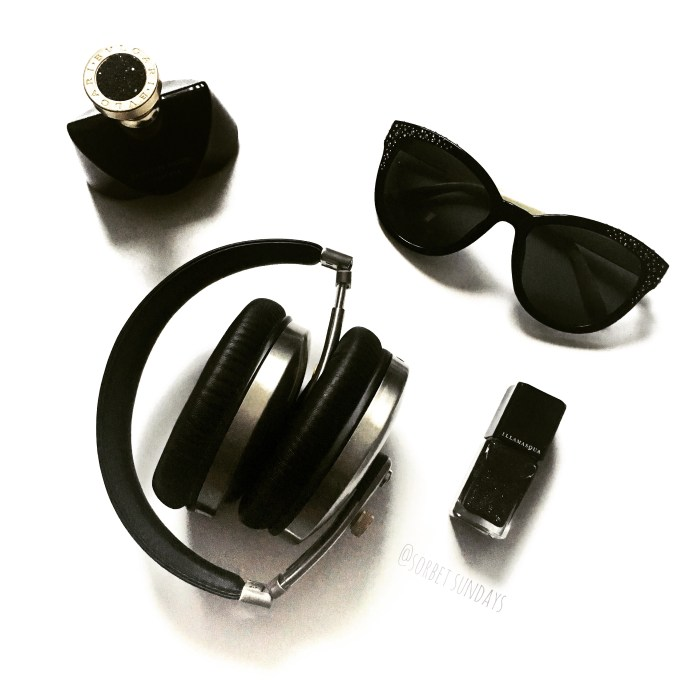 Had to accessorise my new Ted Baker Rockall over ear headphones. Black and white sunglasses, Illamasqua black glitter nail in Creator and Bvlgari Jasmin Noir will complete my look. And yes, perfume is definitely an accessory!