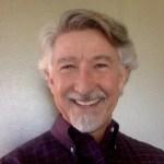 Porträttbild på Paul Looney